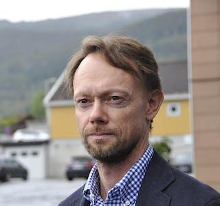 ULOVLEG TILSETT: Vedtaket om å konstituera Øystein Granheim (biletet) frå Agenda Kaupang som rådmann i Samnanger er ugyldig, slår statsforvaltaren i Vestland fast.